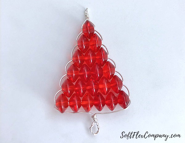 Beaded Christmas Tree Pendant and Earrings by Sara Oehler