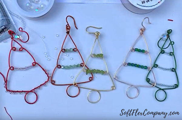Beaded Holiday Wire Tree Ornament by Sara Oehler