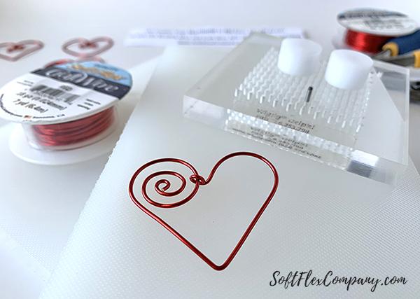 Soft Flex Craft Wire Heart by Sara Oehler
